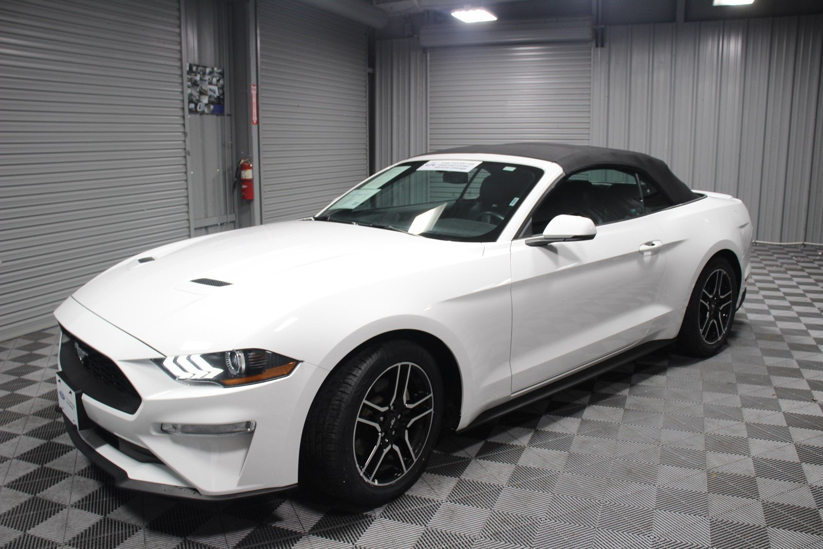 Pre owned 2018 ford mustang ecoboost