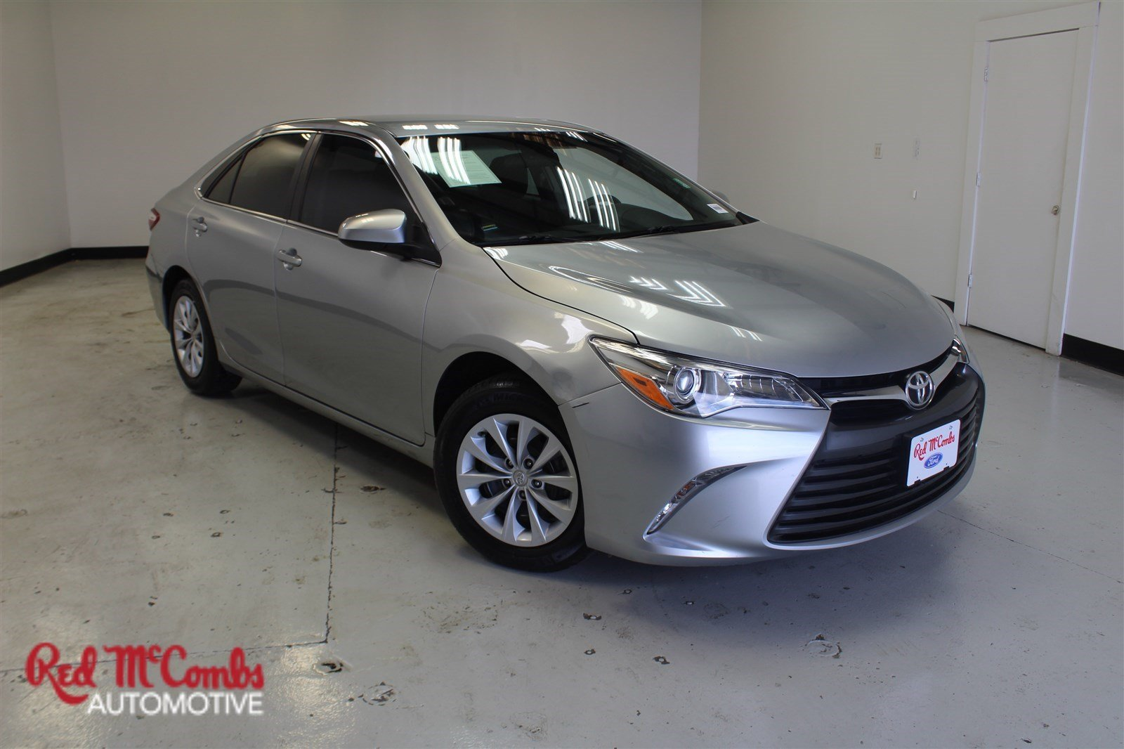 Pre-Owned 2015 Toyota Camry LE 4dr Car in San Antonio #811174A ...