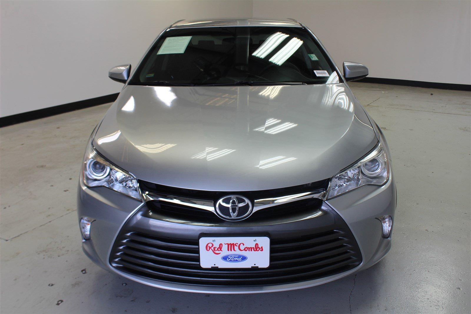 rochester id camry used mn fwd image le details vehicle toyota se