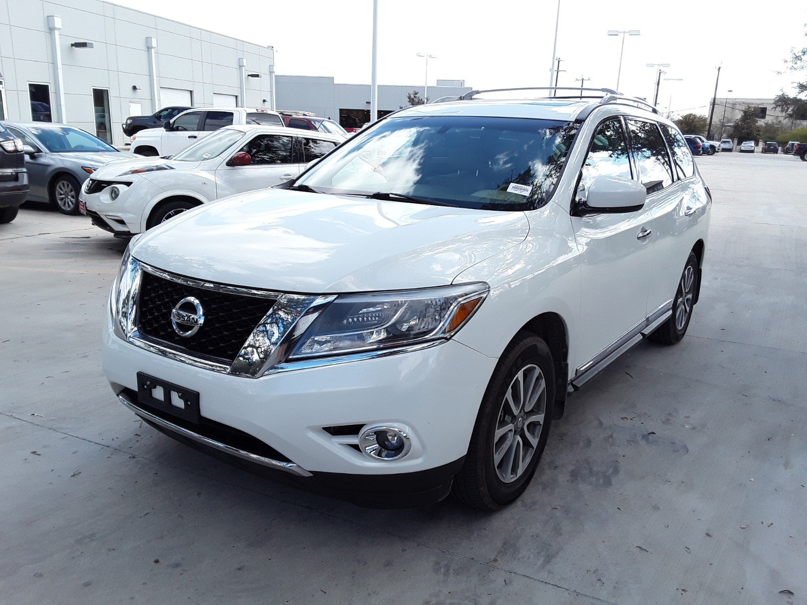 Pre Owned 2014 Nissan Pathfinder Sl 4wd Sport Utility In San Antonio 2013 Trailer Tow Wiring