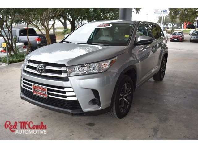 Certified Pre-Owned 2018 Toyota Highlander BSE