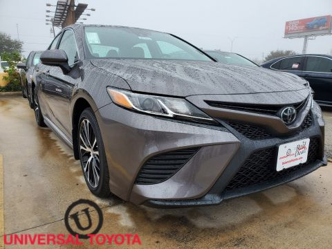 2020 Toyota Camry SE 4dr Car FWD