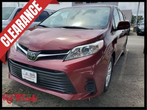 Pre-Owned 2018 Toyota Sienna LE FWD Mini-van, Passenger