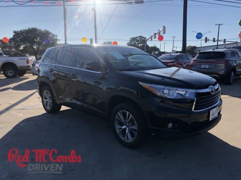 Pre-Owned 2016 Toyota Highlander LE Plus FWD Sport Utility